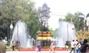 Catur Muka Statue