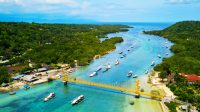 Yellow Bridge on Nusa Lembongan