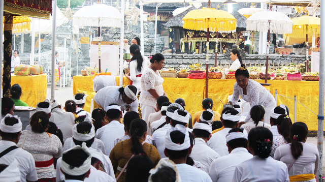 Worship at temple